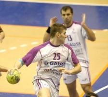 Sabin Ignat, 9 goluri la Suceava pentru alb-violeţi