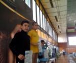 Radu Vaipan, în tricou galben, cu diploma de campion al ţării
