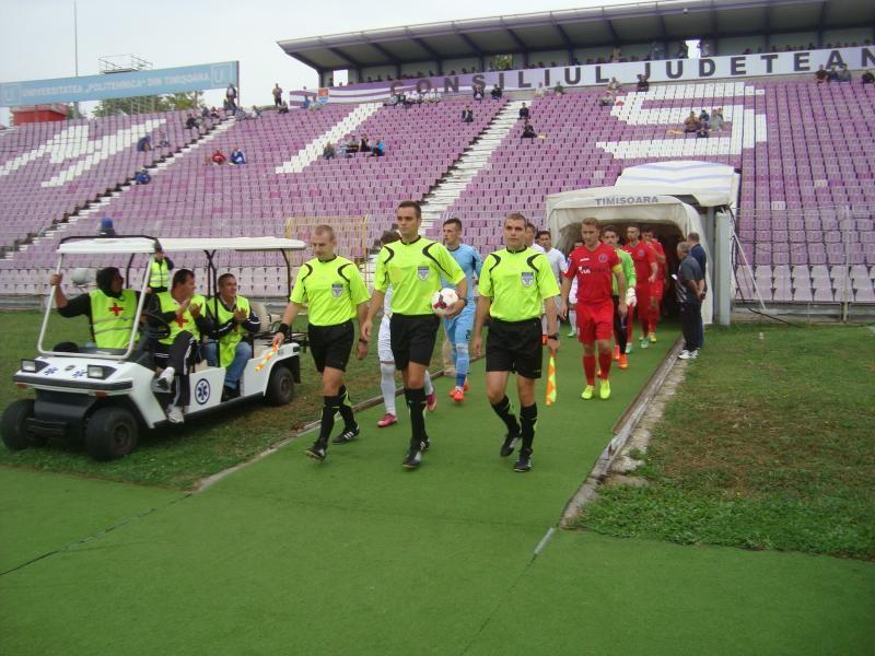 """Elek îi conducea pe """"roşii"""" în urmă cu nici jumătate de an, la ACS Poli - Tărlungeni 1-0"""