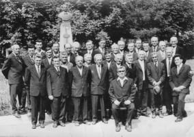 1986: corul bisericesc condus de Ștefan Ciolac Buleandră (1914-1998)