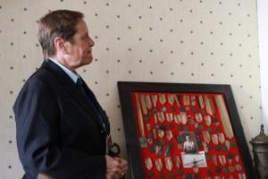 Adriana Cserhati, cu medaliile tatălui