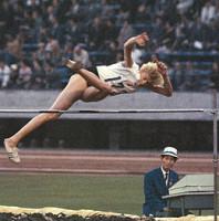 Iolanda_Balaș în finala olimpică niponă, adjudecată în 1964